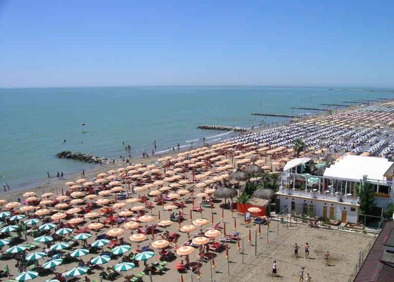 Matrimonio Spiaggia Caorle : Le spiagge di caorle da non perdere hotel