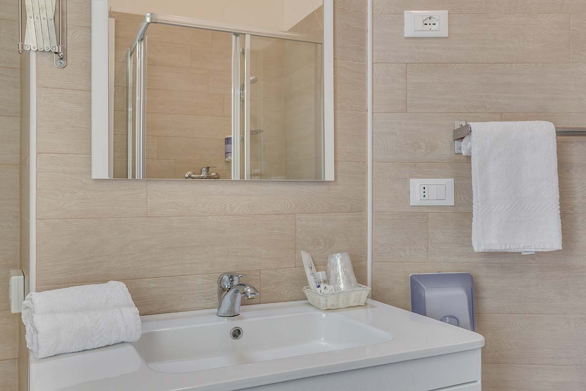 Comfort Living : Camere frontemare hotel Caorle - Hotel Austria a Caorle