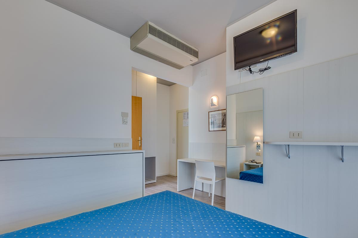 Comfort Living : Rooms Caorle - Hotel Edera - Seafront rooms Caorle